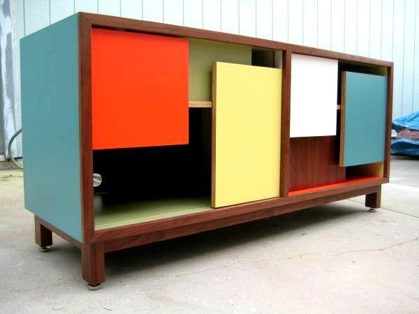 окраска мебели из древесины