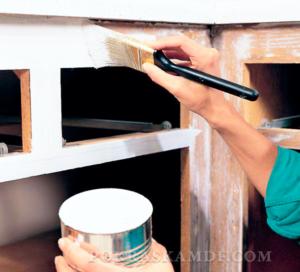 11 ошибок, которые вы совершаете при самостоятельной покраске кухонных фасадов.