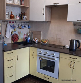 Кухня в светлых тонах