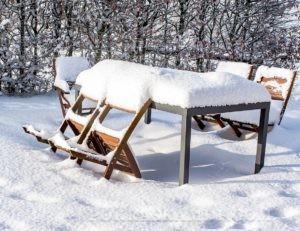 Хранение садовой мебели зимой